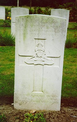 Corporal Vercoe's grave at Underhill Farm Cemetery, Ploegsteert. In a letter to his mother, his section officer, Lieutenant G. Cecil North, declared