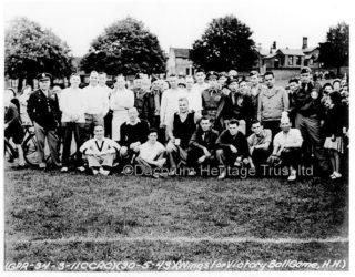 USAAF Bovingdon softball match at Boxmoor Cricket ground, May 1943. Locals and Americans alike were briefed as to the peculiar habits of each other. There were a number of local girls who became GI Brides and emigrated at the end of the war | Dacorum Heritage Trust