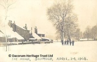 A snowy scene near the old Star Cottages on Blackbirds' Moor, looking towards Wharf Road, on 24 April 1908 | Dacorum Heritage Trust