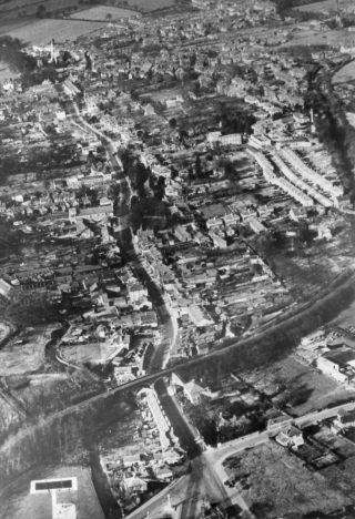 Hempstead Town Centre, 1950 before the New Town re-development   The Dacorum Heritage Trust Ltd