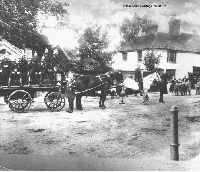 Hemel Hempstead Volunteer Fire Brigade at a fire in 1902 | Dacorum Heritage Trust