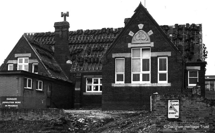 This looks like a church that was about to be demolished. Can you help us identify the location? | DHT