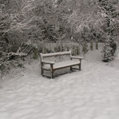 A bench covered in snow on Boxmoor 2009 | Ian Phipps