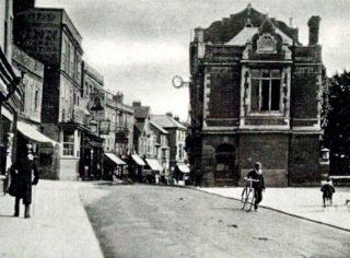 Old High Street (1900's) | Hemel Library