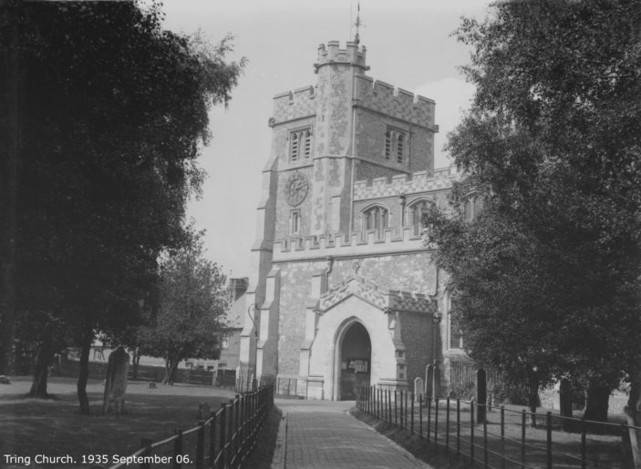 Tring Church | Hertfordshire Archives and Local Studies