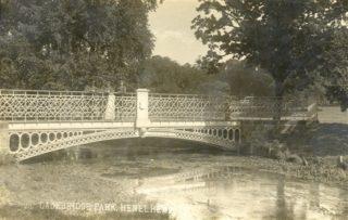 The white bridge in Gadebridge Park | Hertfordshire Archives and Local Studies
