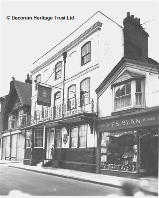 High Street - F S Bean, Mens outfitters and The Bell | Hemel Hempstead Local History and Museum Society cared for by the Dacorum Heritage Trust Ltd